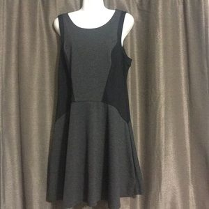 Mossimo Large black and gray sleeveless dress
